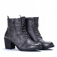 Красивые ботинки серого цвета из кож заменителя на толстом каблуке