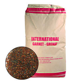 Рубиновый песок GARNET фр. 30-40 (10.7 л мешок)