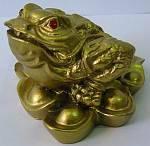 Фигурки из полимеров Жаба золотая