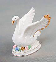 Фарфоровая статуэтка Лебедь