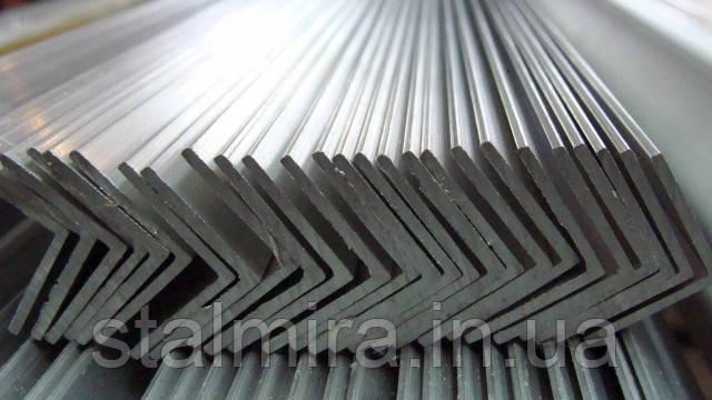 Уголок алюминиевый 40/40, толщина стенки 2, марка алюминия АД31, АМг5, Д16Т, АМц