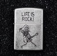 Зажигалка бензиновая Zorro серия Bones «Life is Rock»