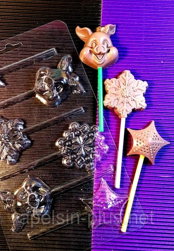 """Молд пластиковый для шоколадных конфет на палочке """"Снежинки и Свинки"""" на 6 форм 5,0 см 4,5 см 1 см"""