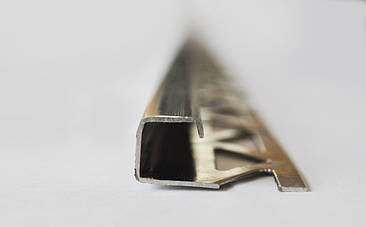 Ассортимент профилей, порожков, углов для плитки из нержавеющей стали