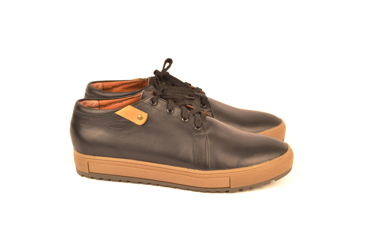 Туфлі чоловічі туфлі на шнурках в спортивному стилі шкіра чорний від виробника KARMEN