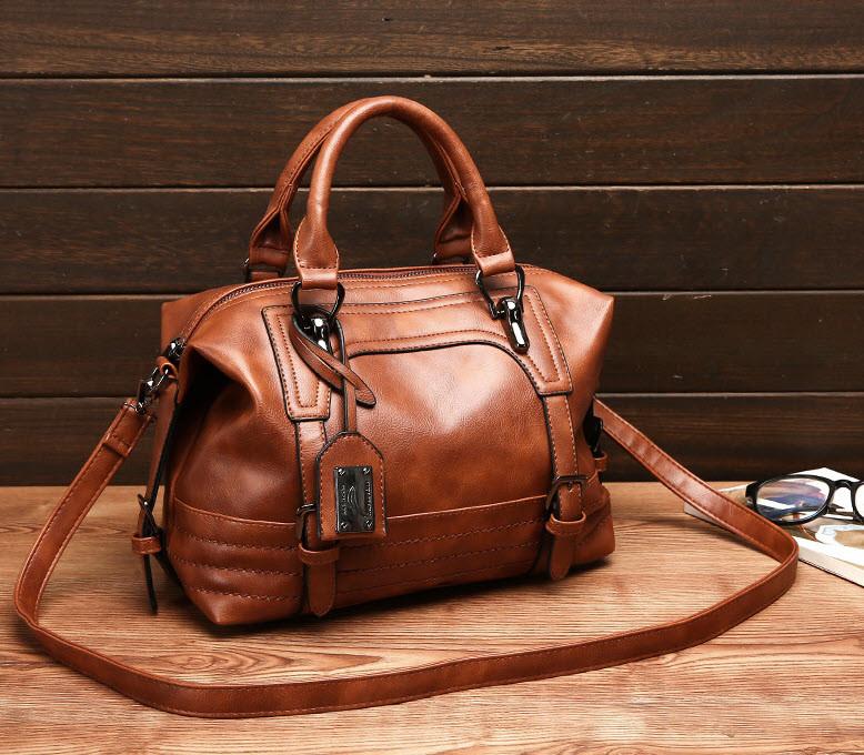 Відмінна жіноча сумка бочонок