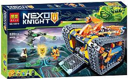 "Конструктор NEXO Knights 10819 Нексо Найтс ""Пересувний арсенал Акселя"" (коробка) 620 деталей"