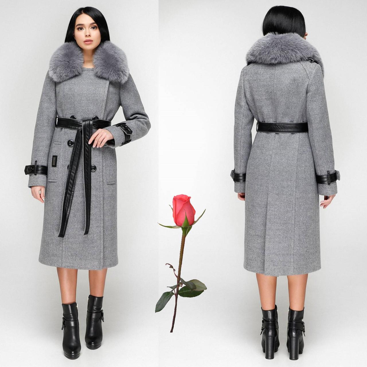 Женское зимнее  пальто  из итальянской пальтовой ткани  и мехом  F  771157  Светлый серый