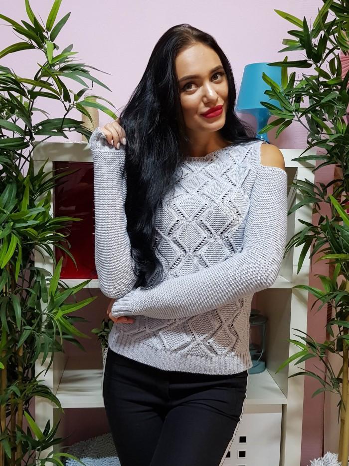 87812df7e3c Ажурный свитер с открытыми плечами светло-серого цвета 221 - KORSETOV -  Магазин женской одежды
