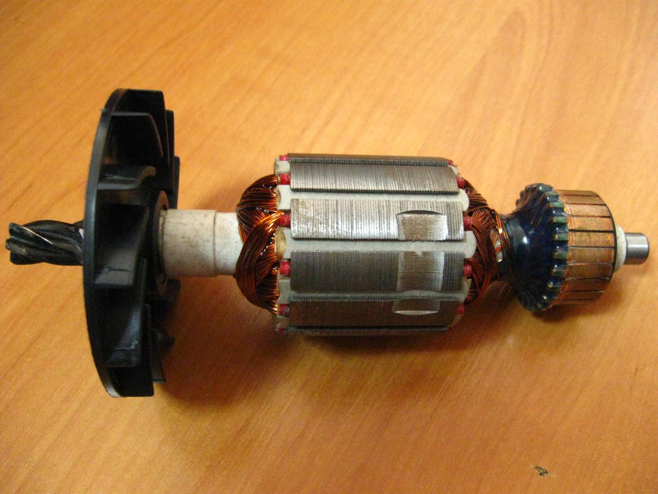 Якорь бочкового перфоратора короткий пакет (149х41 5z вправо)