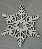 Новорічна дерев'яна підвіска сніжинка 10 см Новогодняя деревянная подвеска снежинка