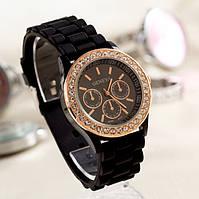 Женские наручные часы Geneva Swarovski Черный