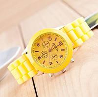 Желтые силиконовые женские часы Женева