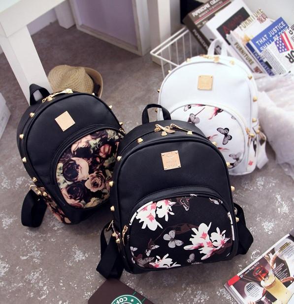 Жіночий рюкзак з квітами