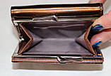 Кошелек женский коричневый лаковый, маленький, фото 4