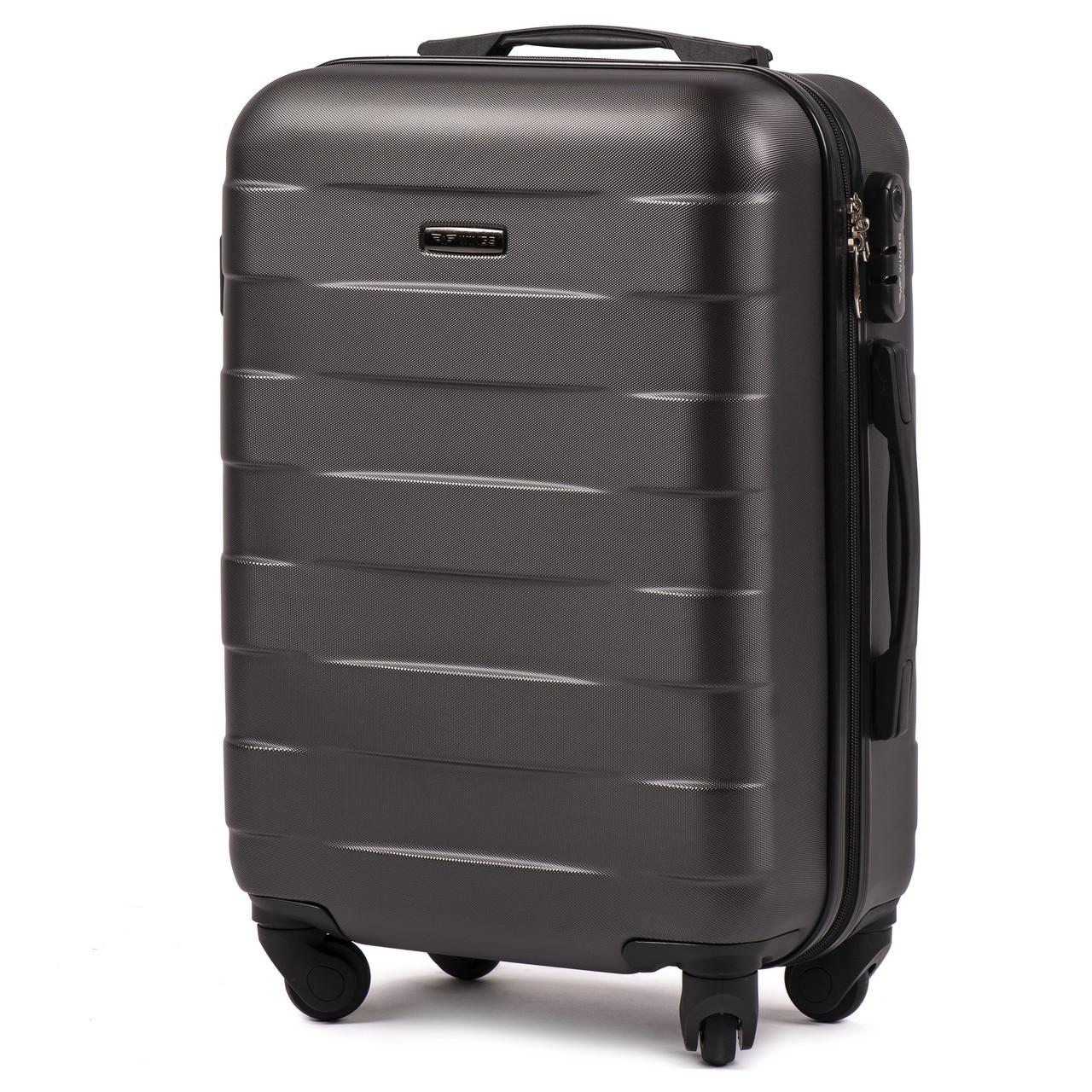 Малый пластиковый чемодан Wings 401 на 4 колесах серый