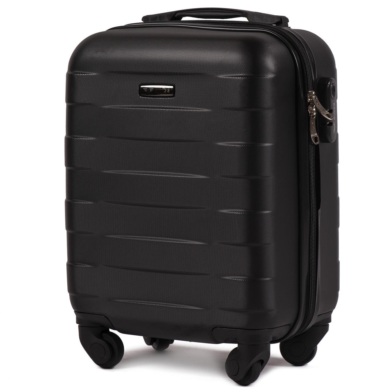 Микро пластиковый чемодан Wings 401 на 4 колесах черный