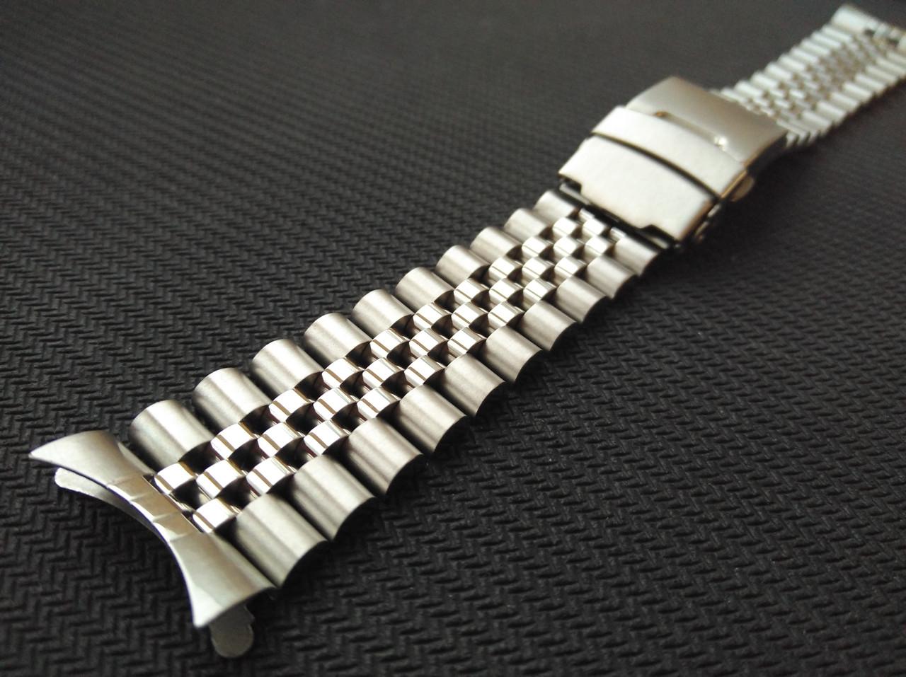 Браслет Jubilee для часов из нержавеющая стали, литой, глянец/мат. Заокругленное окончание. 22 мм
