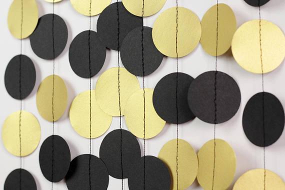Гирлянда черно-золотая (фигура 6см, плотность картона 160-170 гр/м3)