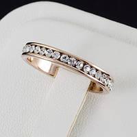 Поразительное кольцо с кристаллами Swarovski и c позолотой 0449