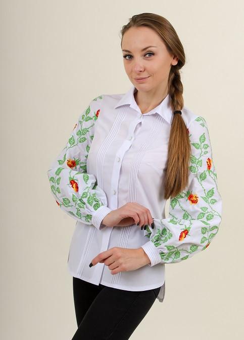 Белая хлопковая рубашка для женщин  с вышитыми рукавами