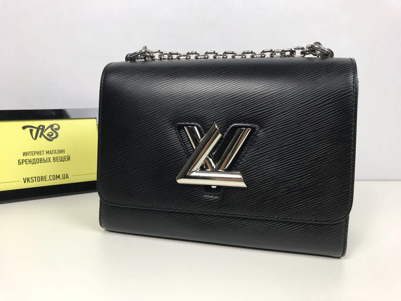 dd89f66e6fd3 Женский клатч Louis Vuitton Twist, цена 11 500 грн., купить в Киеве ...