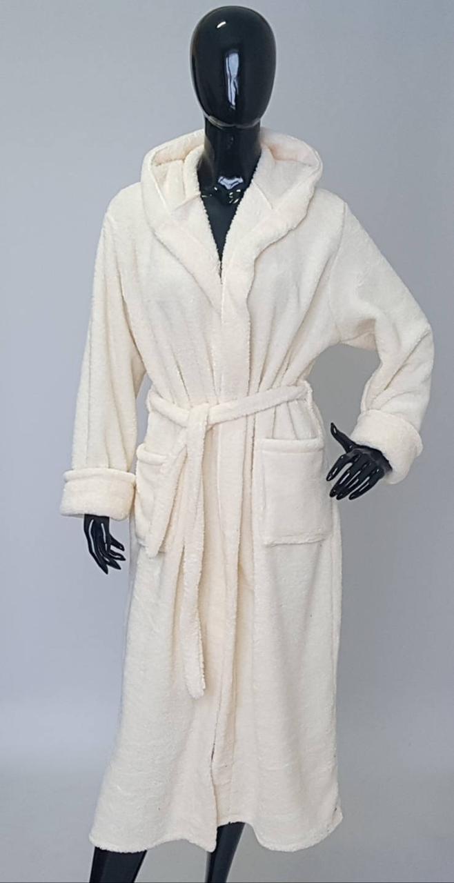 Женский махровый халат молочного цвета
