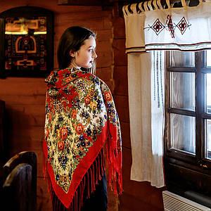 Шерстяной павлопосадский платок Услада
