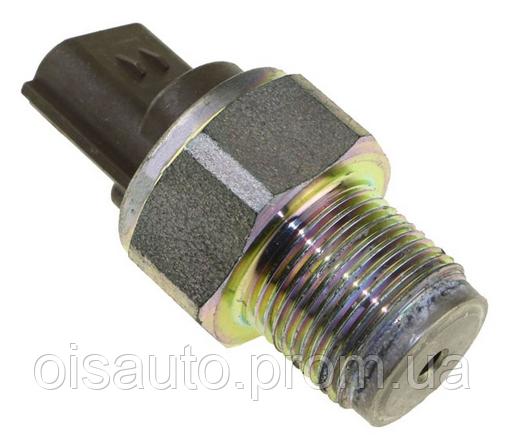 Датчик тиску палива Nissan Pathfinder / Nissan Navara 2.5DCI  DENSO 4990006131  б/у