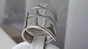 Тройное серебряное женское кольцо с родиевым покрытием