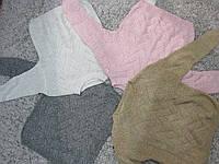 Теллые свитера белого, розового и кофейного цветов