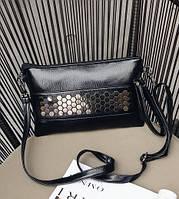 Женская сумочка-клатч черная из экокожи с металлическим декором , фото 1