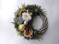 Новогодний рождественский венок с натуральным декором №6 22 см Зеленый