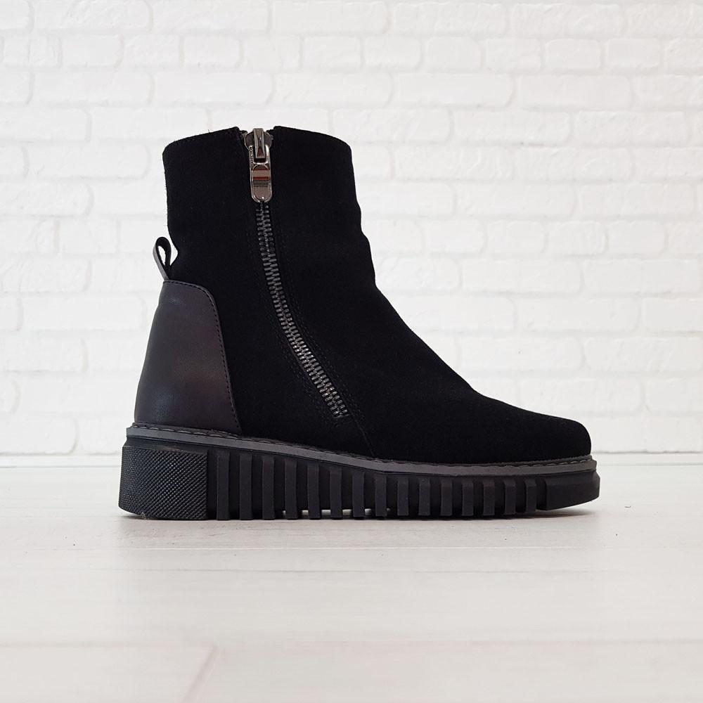 Замшевые женские ботинки с мехом 36-38 Woman's heel черные с широкой и нескользящей подошвой