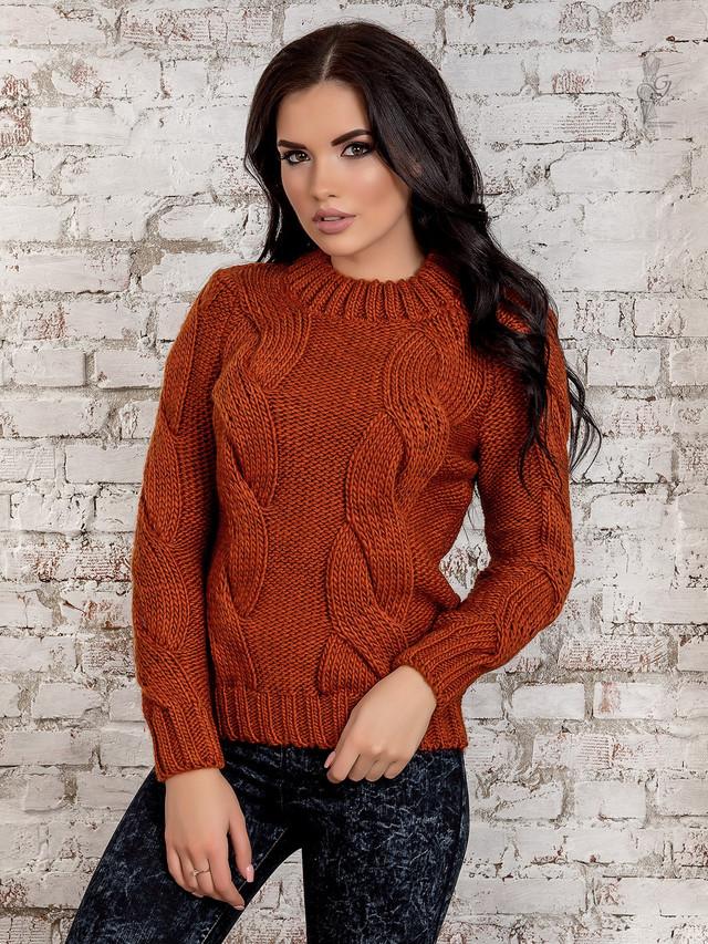 Фото Вязаного женского свитера Риана-5