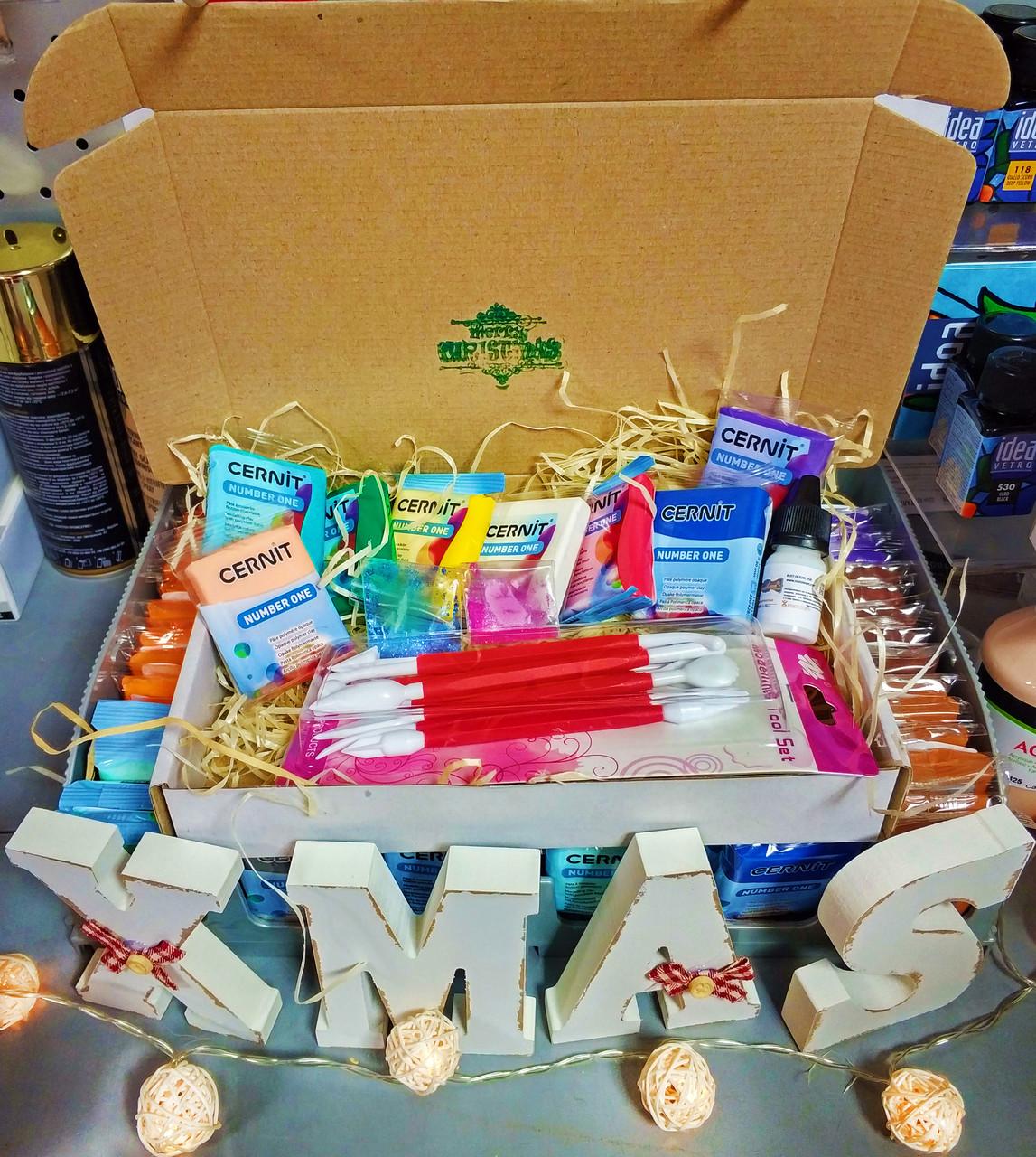 Подарочный набор полимерной глины Цернит Cernit (Бельгия) + инструменты+ лак+ коробка