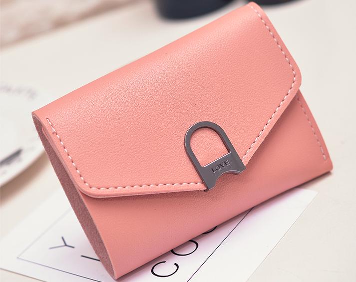 Женский маленький розовый кошелек на кнопке