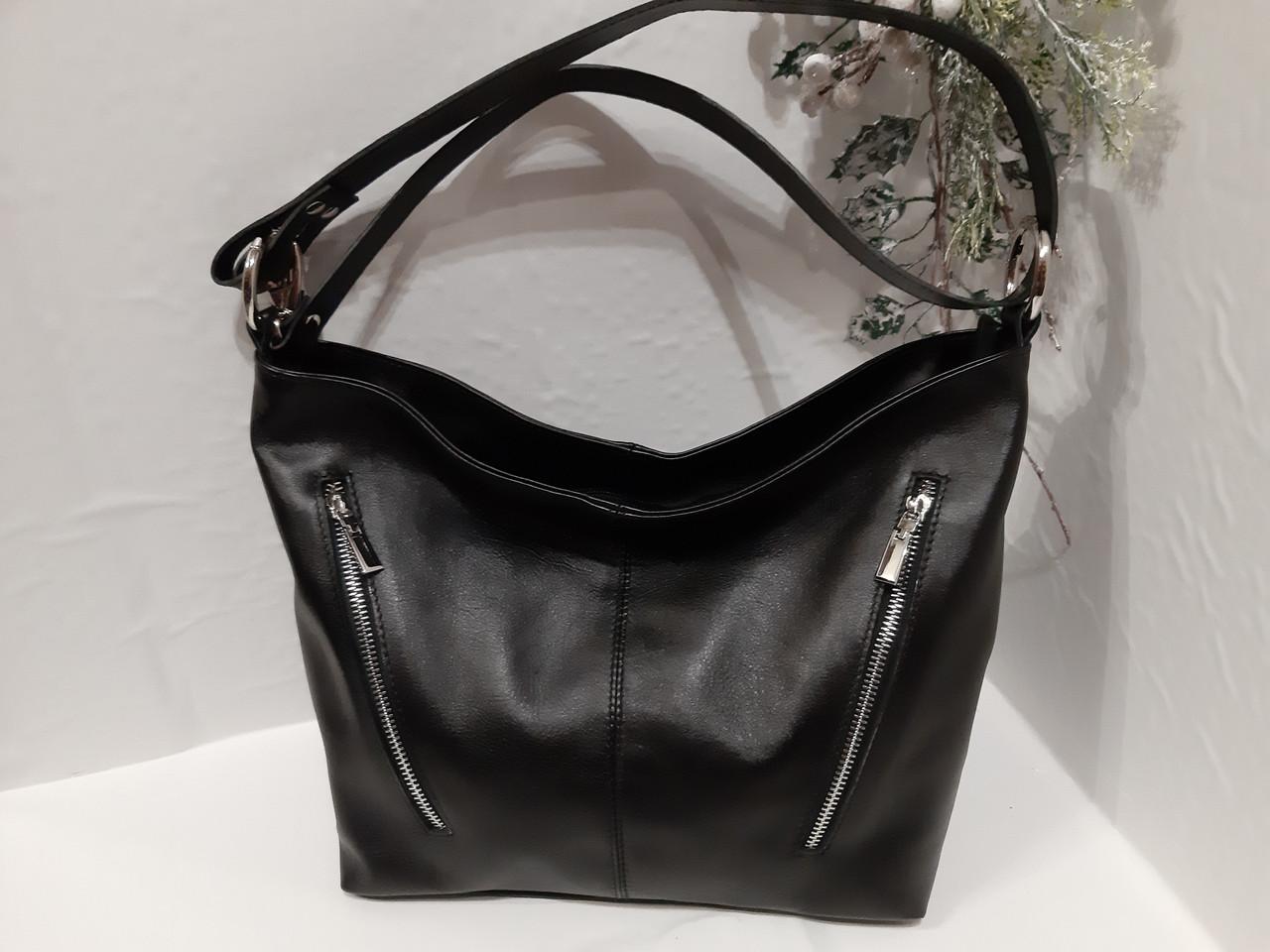 7d0b35407eed Женская кожаная чорная сумка на длином ремешке через плече на два отделения  спереди карманы на молнии