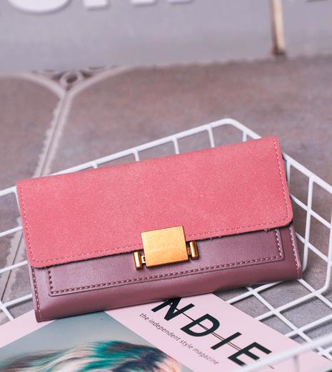 Розовый женский кошелек с застежкой
