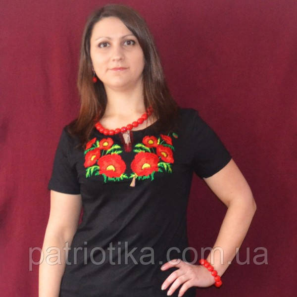 Женская футболка вышиванка маки крупные   Жіноча футболка вишиванка маки великі