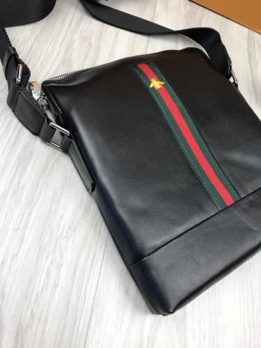 56107d9a75d9 Кожаная женская сумка-планшетка Gucci черная сумочка планшет унисекс через плечо  кожа Гуччи люкс реплика ...