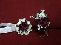 Свадебные бутоньерки (бутоньерка на пиджак+браслет из цветов) из пион бордовые
