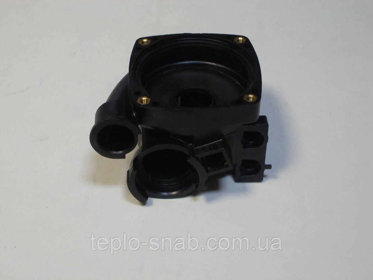 Улитка (задняя часть) циркуляционного насоса (без коллектора обратки 03.075) Immergas 1.028554