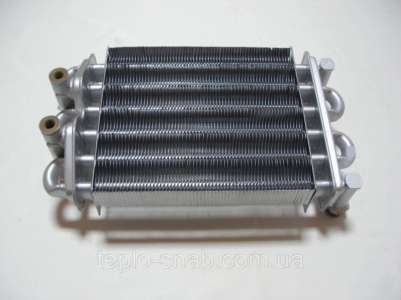 Бітермічний теплообмінник газового навісного котла Nobel 18 SE 64 ламелі (2-а отвори під датчики). 54365