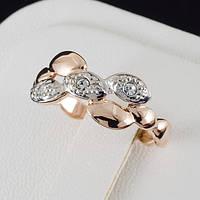 Удивительное кольцо с кристаллами Swarovski и c позолотой 0458