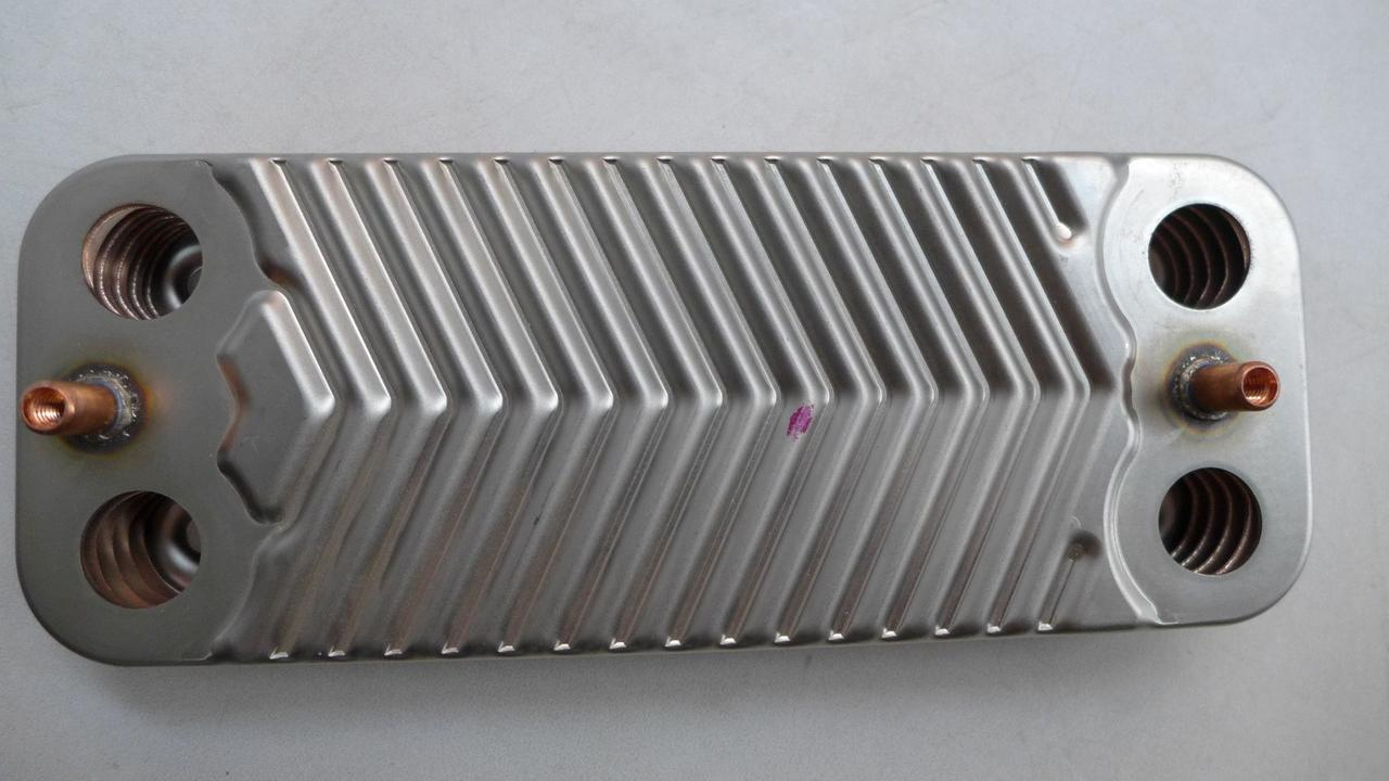 Теплообменник вторичный ( 10 пл.) газового котла Airfel Digifix Duo, Integrity 24/28 kW. 7021820018