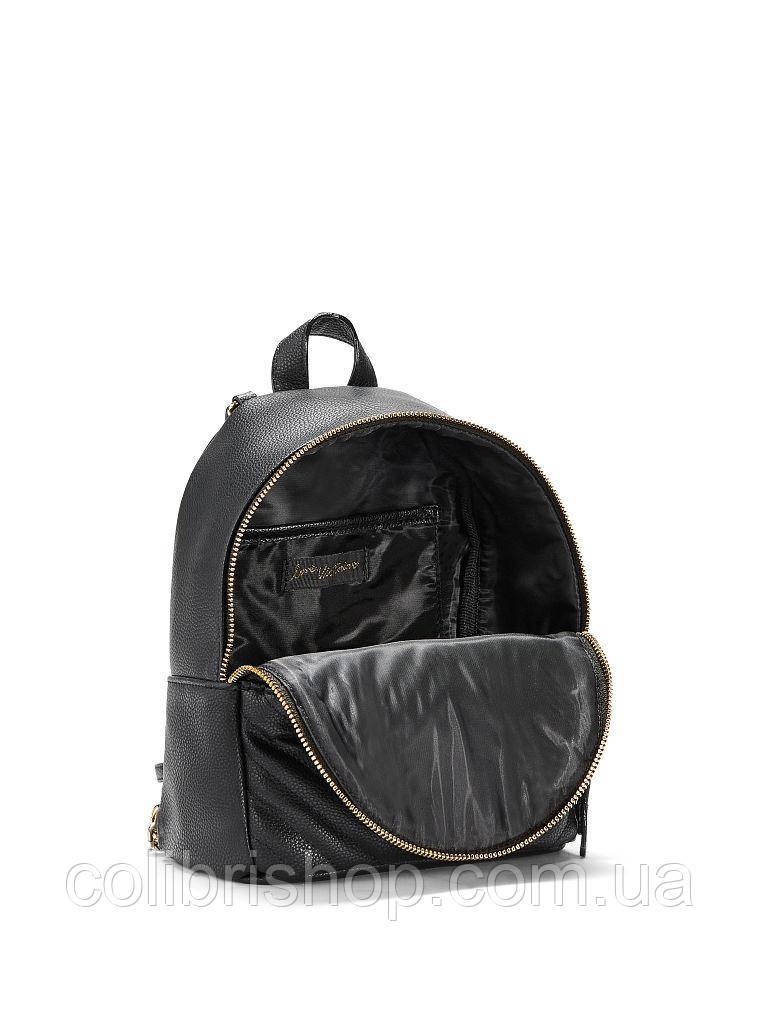 814374968e ... Стильный черный рюкзак от Victoria s Secret Pebbled V-Quilt Small City  Backpack