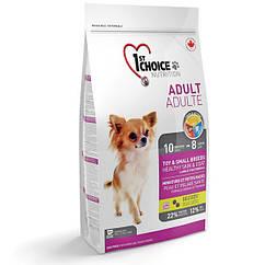 Сухой корм для собак мелких пород 1st Choice Adult Toy and Small breed ягненок и рыба 0.35 кг