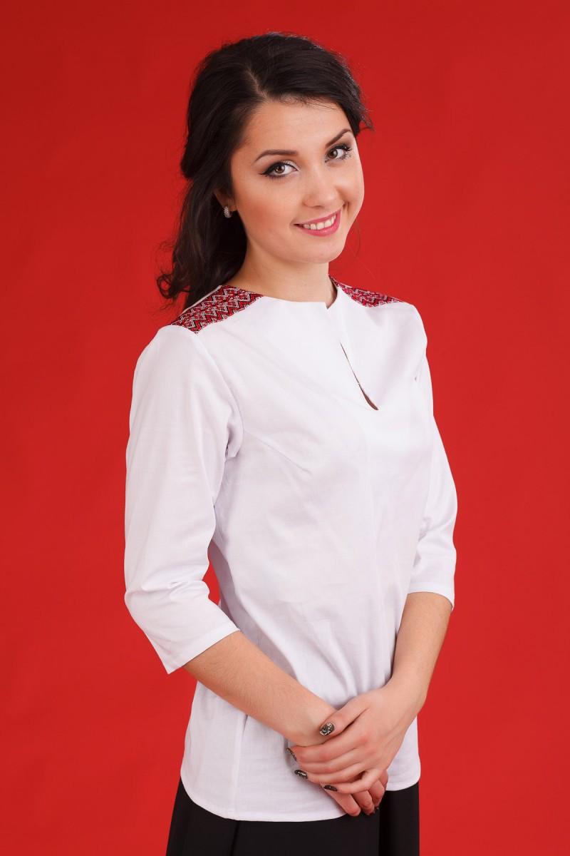 Стильная белая вышитая молодёжная блузка Жіноча блуза Модель ЖБ 68 b24a743eb78fb