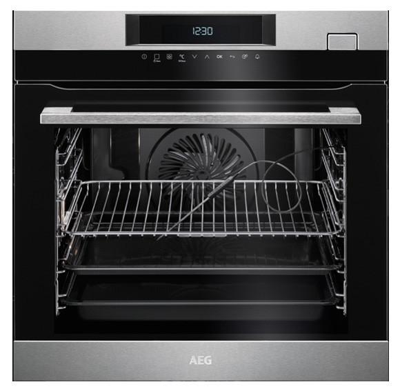 Встраиваемая духовка с паровой функцией AEG BSK782320M
